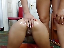 Hardcore Lesbian Babes Fingering Each Other Pussy