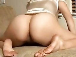 Perfect white hot booty of a student porn trollop on live video chat