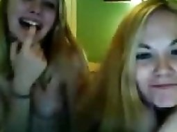 2 american girls fool around naked on cam