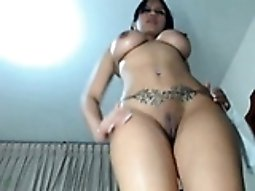 beautiful latina girl with perfect body rubbing pussy webcam