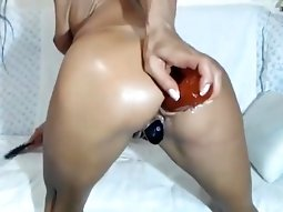 Sexy girl play with ass