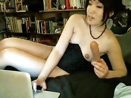 AmelieMay Squirts in myfreecams