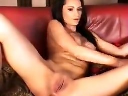Hot webcam model Irrene dildo fucking