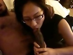 malay Girl Gives Her black butts BF A blowjob On The Bed