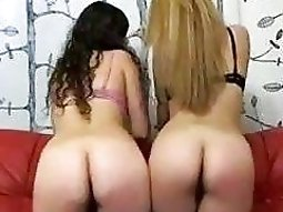 homemade sluts playing with sex dildo fucking