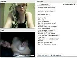 2 Hot American Girls Have pussy munching Cybersex