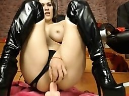 Colleen LIVE on 720camscom - She love her cock a lot