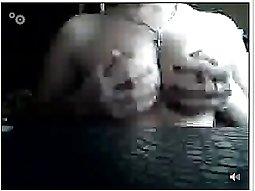 teen use webcam