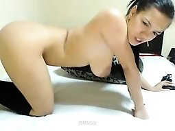 Busty fingering on camshow
