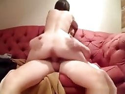 brunette with great ass rides her man on the sofa and gets a babe gives head