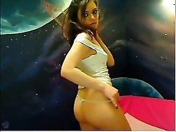 Russian stunner 's sexy webcam dance