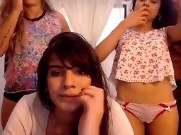 Valentina-Gou lesbian friends on cam