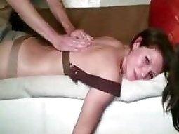 Dude gets rewarded with sex for giving his gf a massage